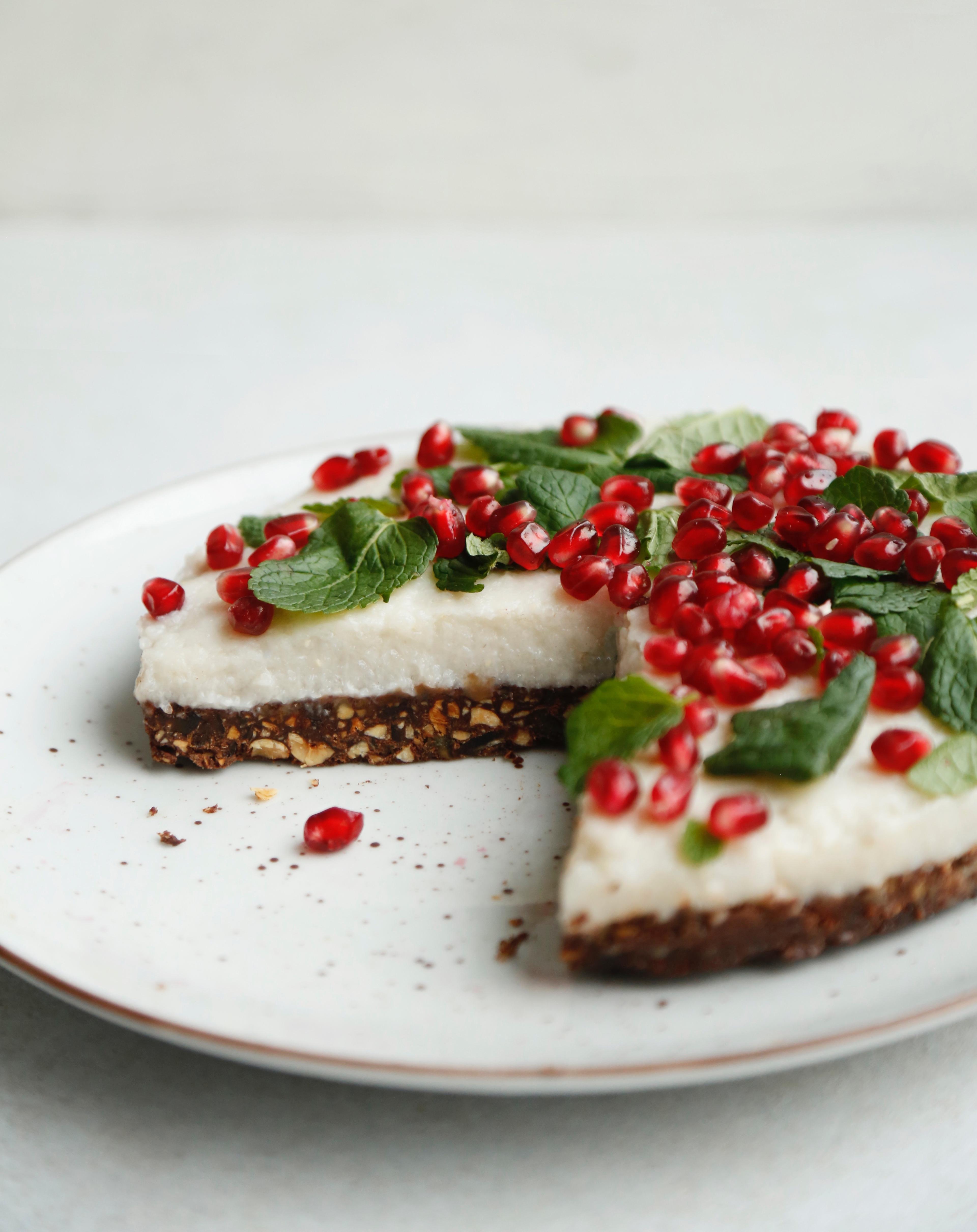 julekage-med-sproed-chokoladebund-og-en-rest-af-risengroed-4
