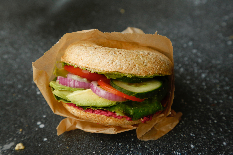 opskrift-de-bedste-glutenfri-bagels-hoejt-proteinindhold-1