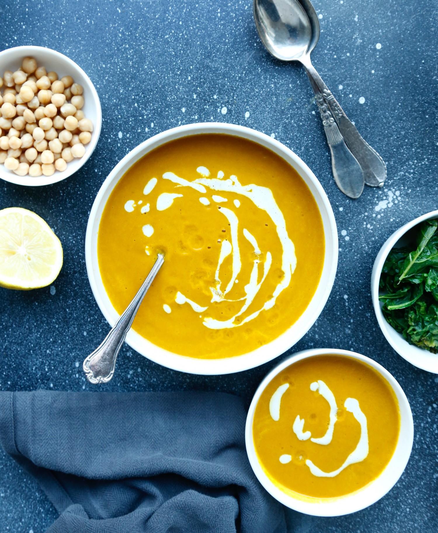 opskrift-antiinflammatorisk-suppe-til-smuk-hud-1-3