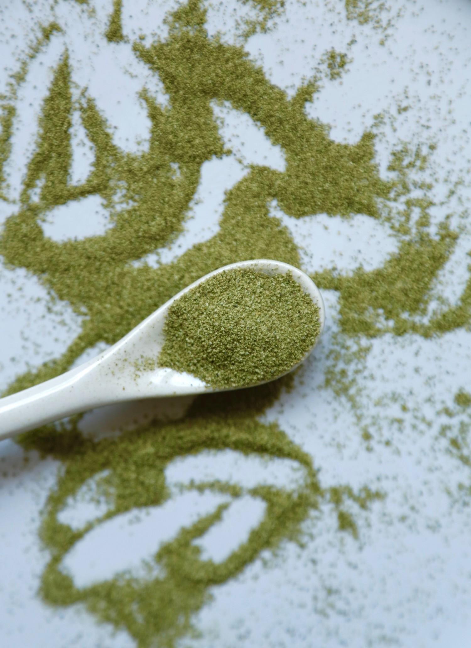 groen-smoothie-bowl-med-tang-ja-tang-3