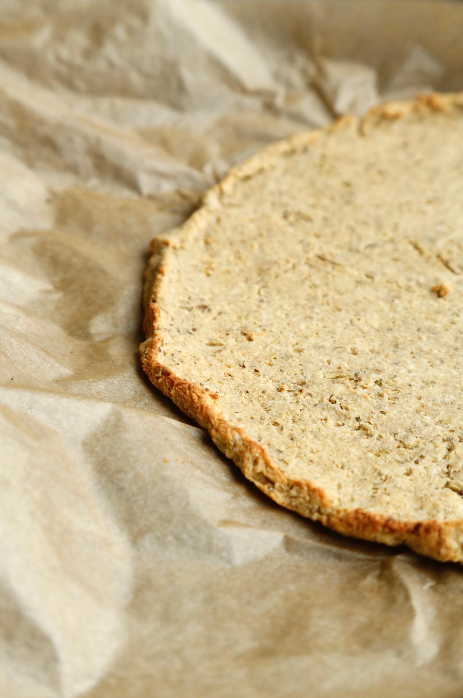 nem-blomkaalspizza-glutenfri-og-vegansk-opskrift-1-1