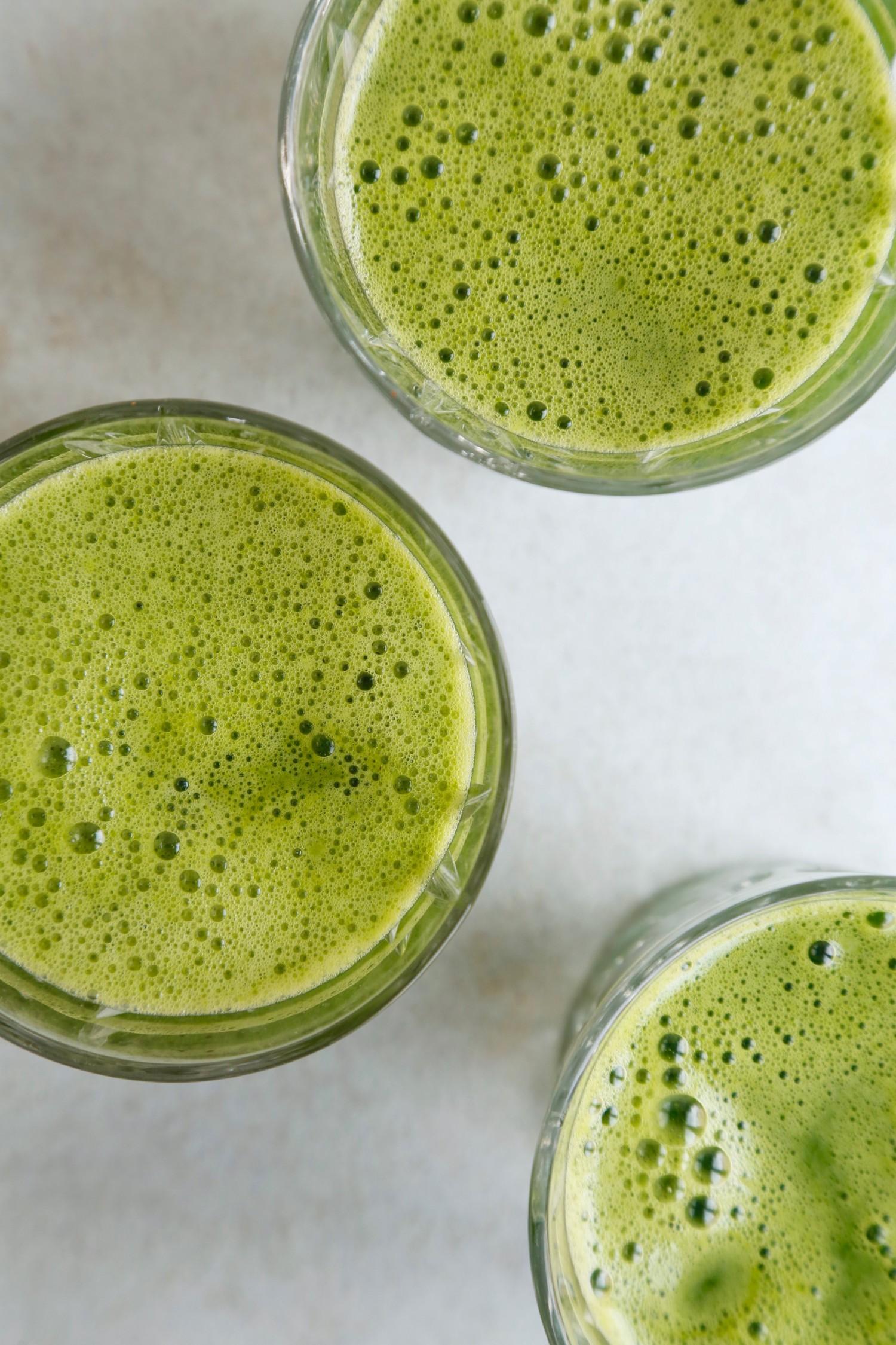 opskrift-groen-juice-med-romainesalat-3
