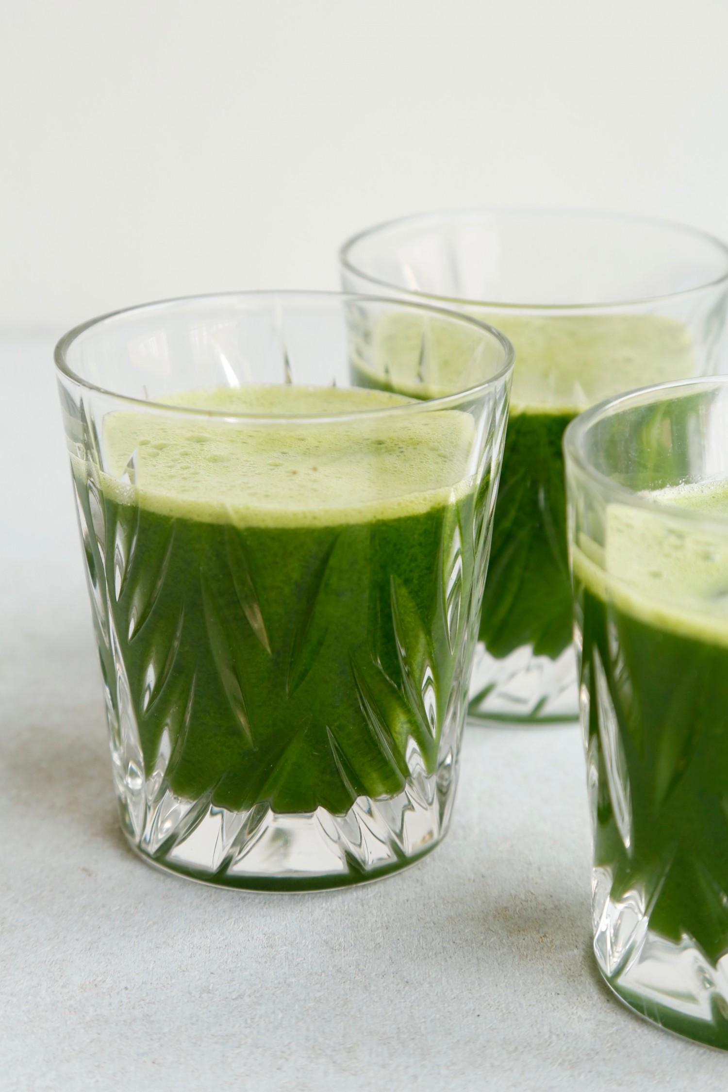 opskrift-groen-juice-med-romainesalat-4